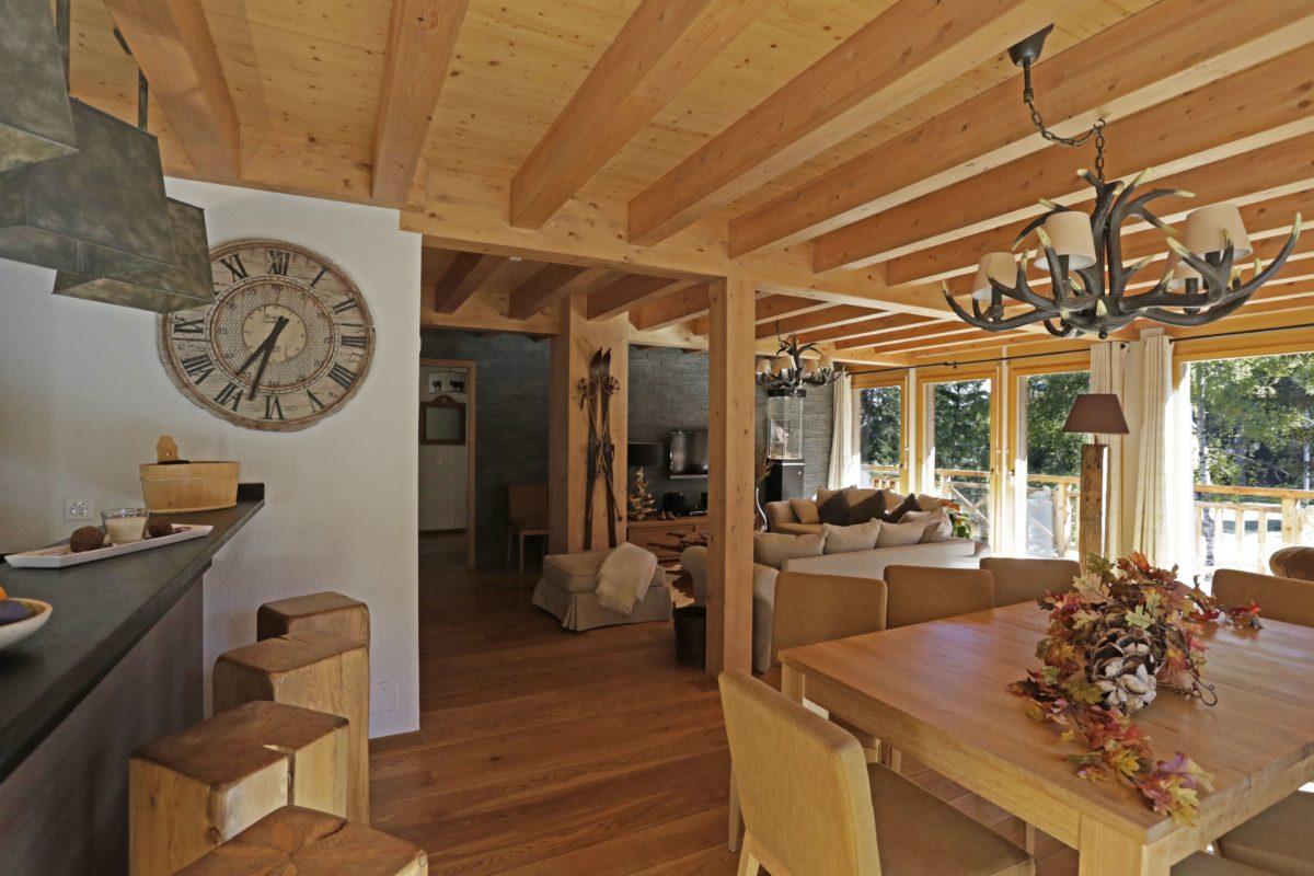 dining-room-torrent-lodge-destinations