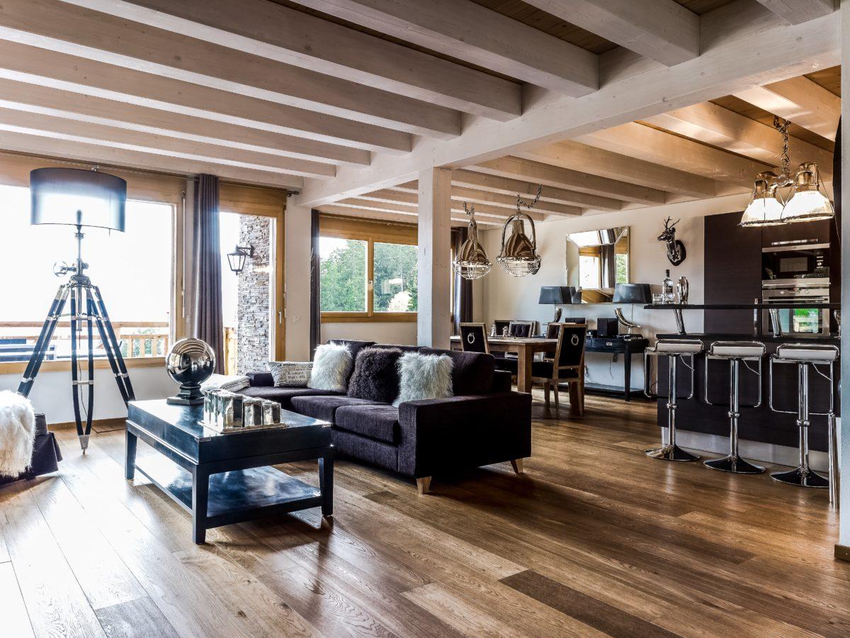 living-room3-chalet-benou-lodge-destinations
