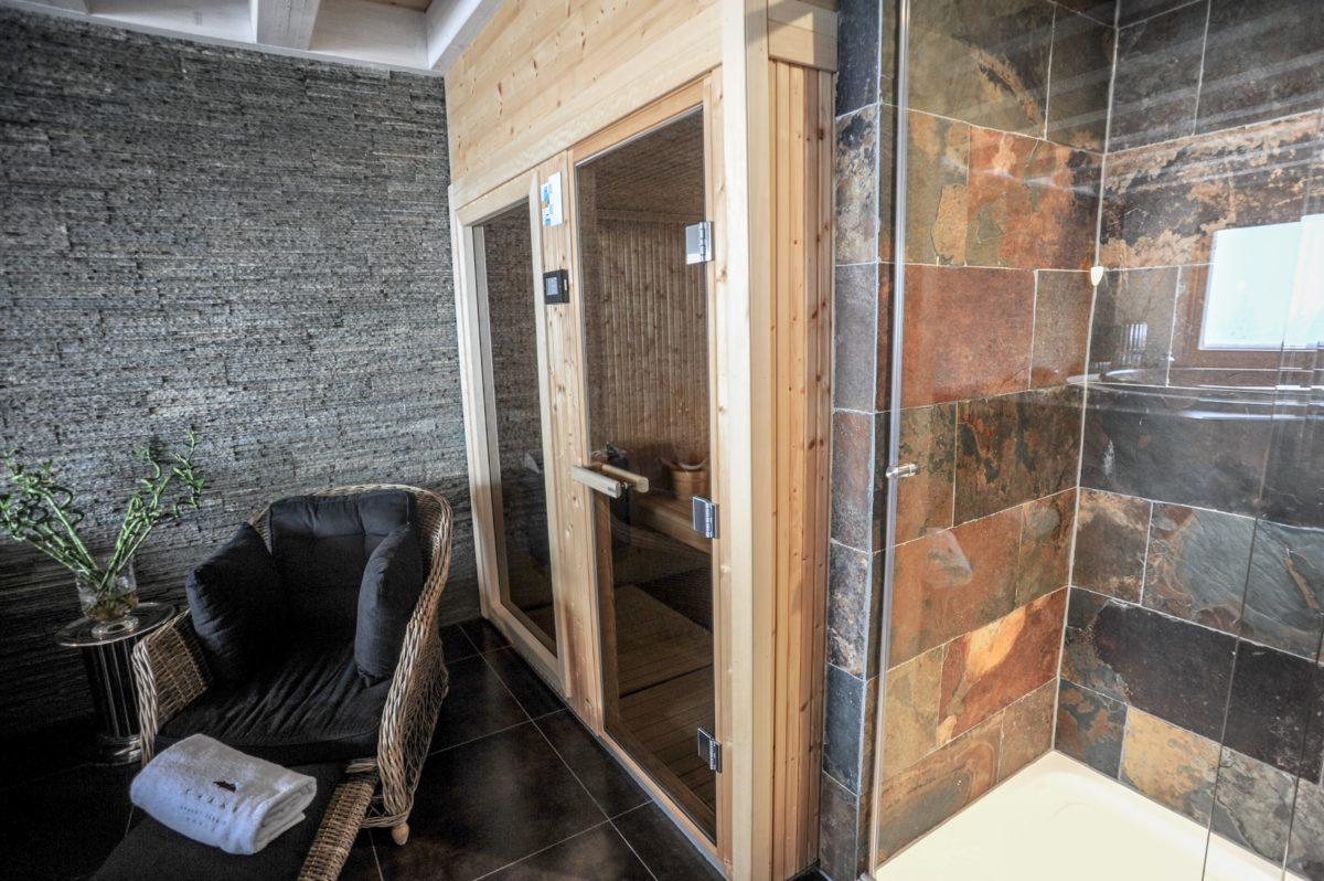 sauna-chalet-benou-lodge-destinations