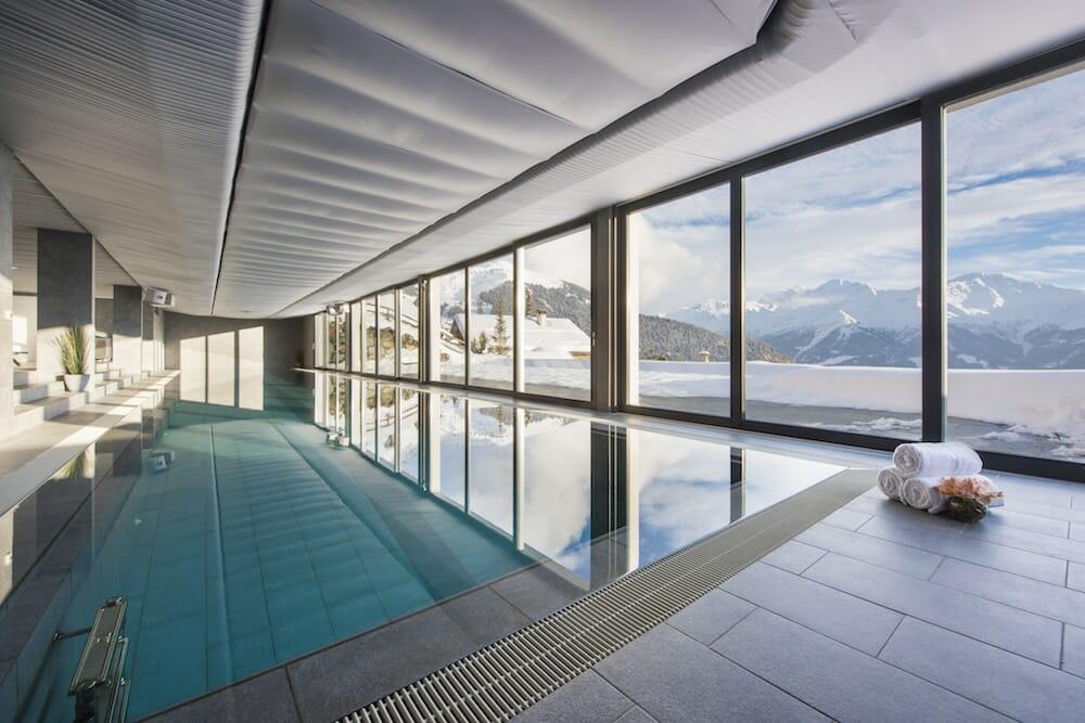 swimming-pool-chalet-sagarmata-verbier-lodge-destinations