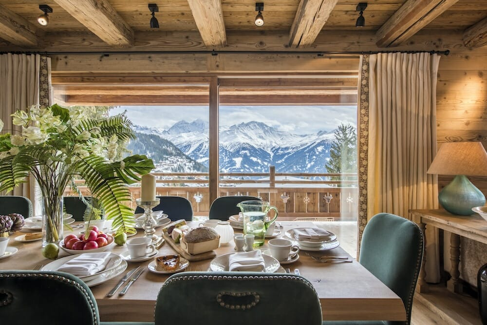 breakfast-table-chalet-bioley-verbier-lodge-destinations
