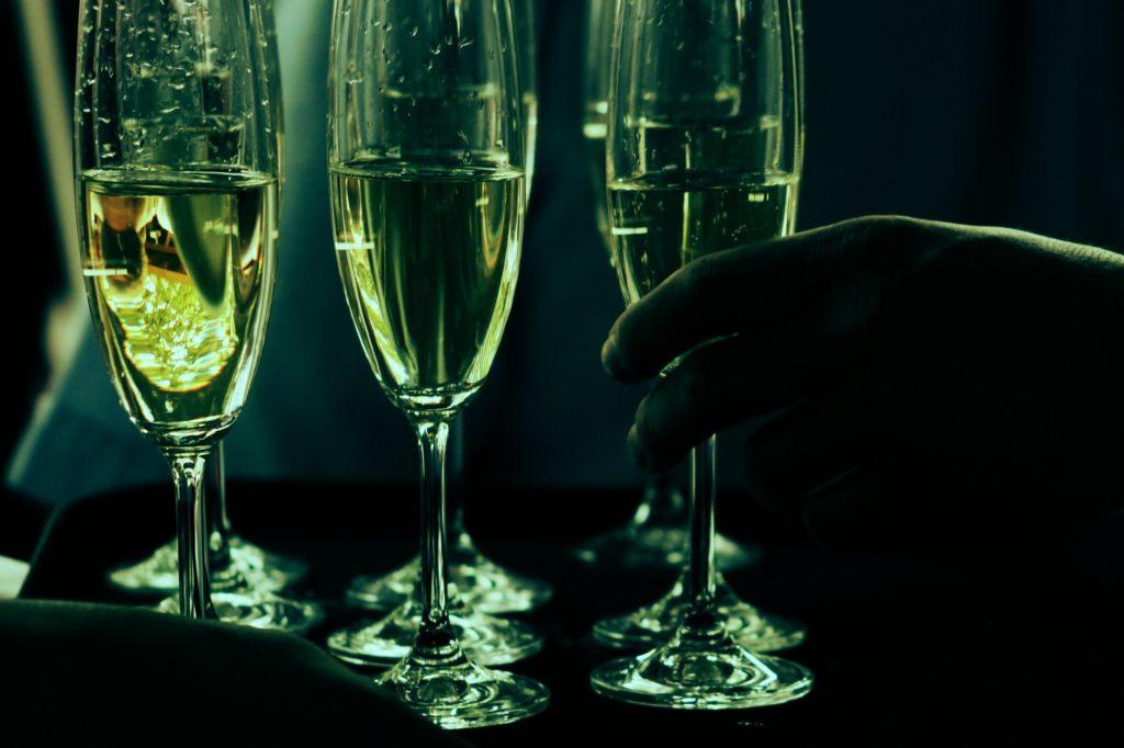 champagne lodge destinations