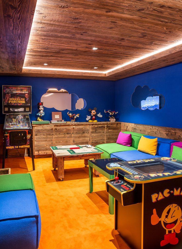 refuge de la traye meribel games room