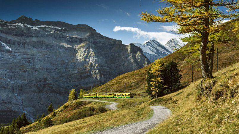Top 10 panoramic trains in Switzerland