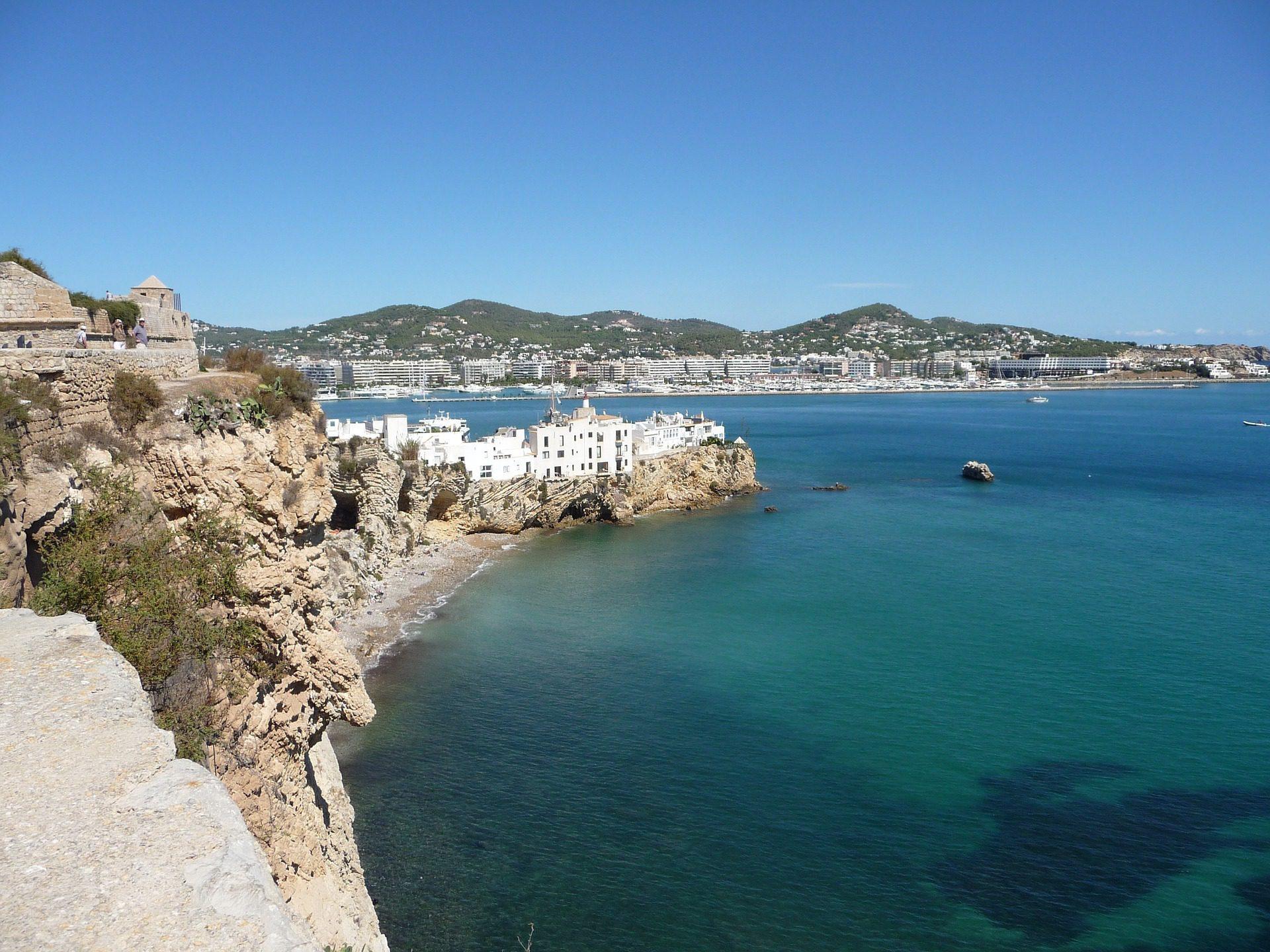 Best destinations to rent villas and chalets