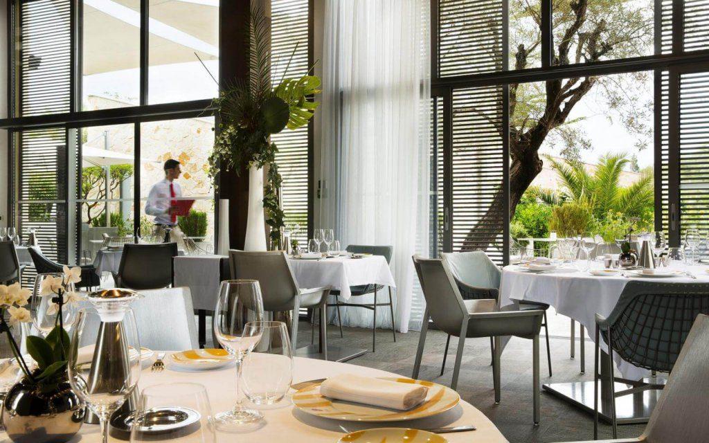 colette restaurant st tropez lodge destinations