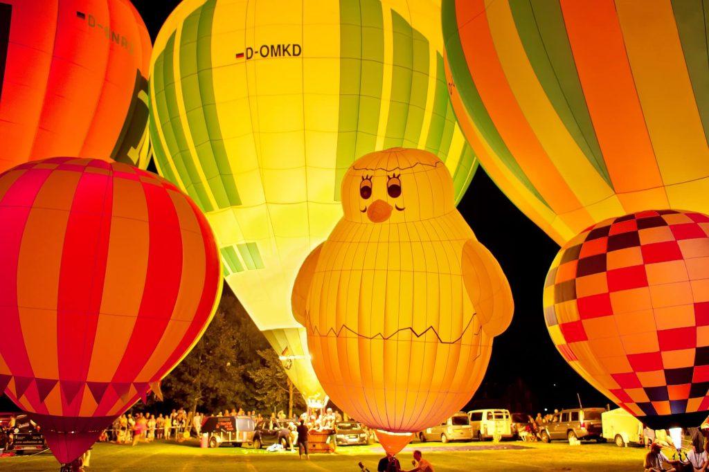 hot air balloon lodge destinations