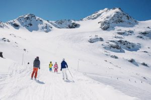 ski vacation in the Alps